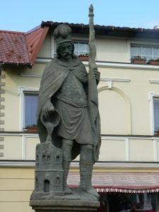 Zdjęcie przedstawijące pomnik św. Florina